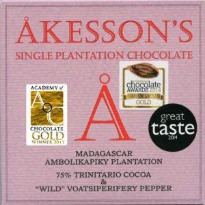 Chocolat noir Madagascar Ambolikapiky 75% et poivre sauvage Voatsiperifery